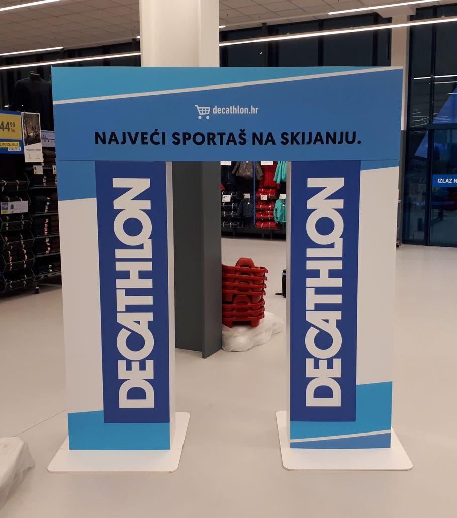 Decathlon - in store advertising element