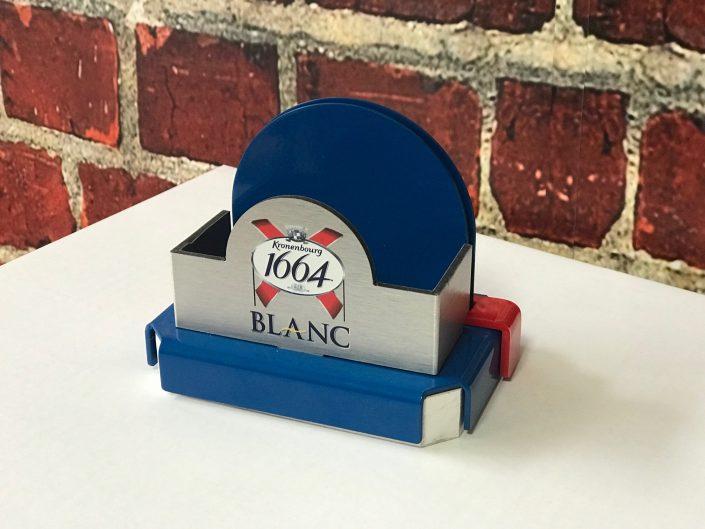 1664 Blanc - menu holder