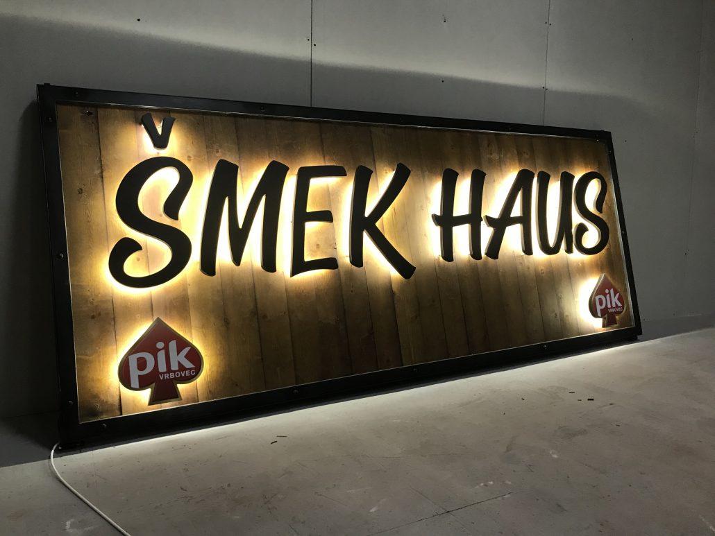 Šmek House - PIK